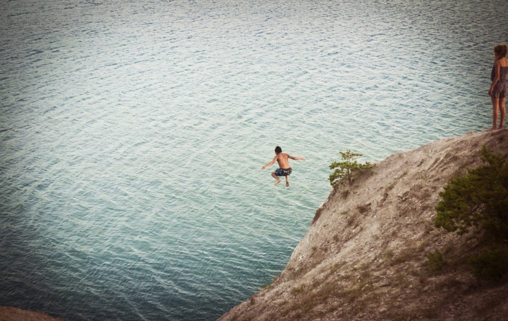 Cliff Jumping Photo to Show Courage